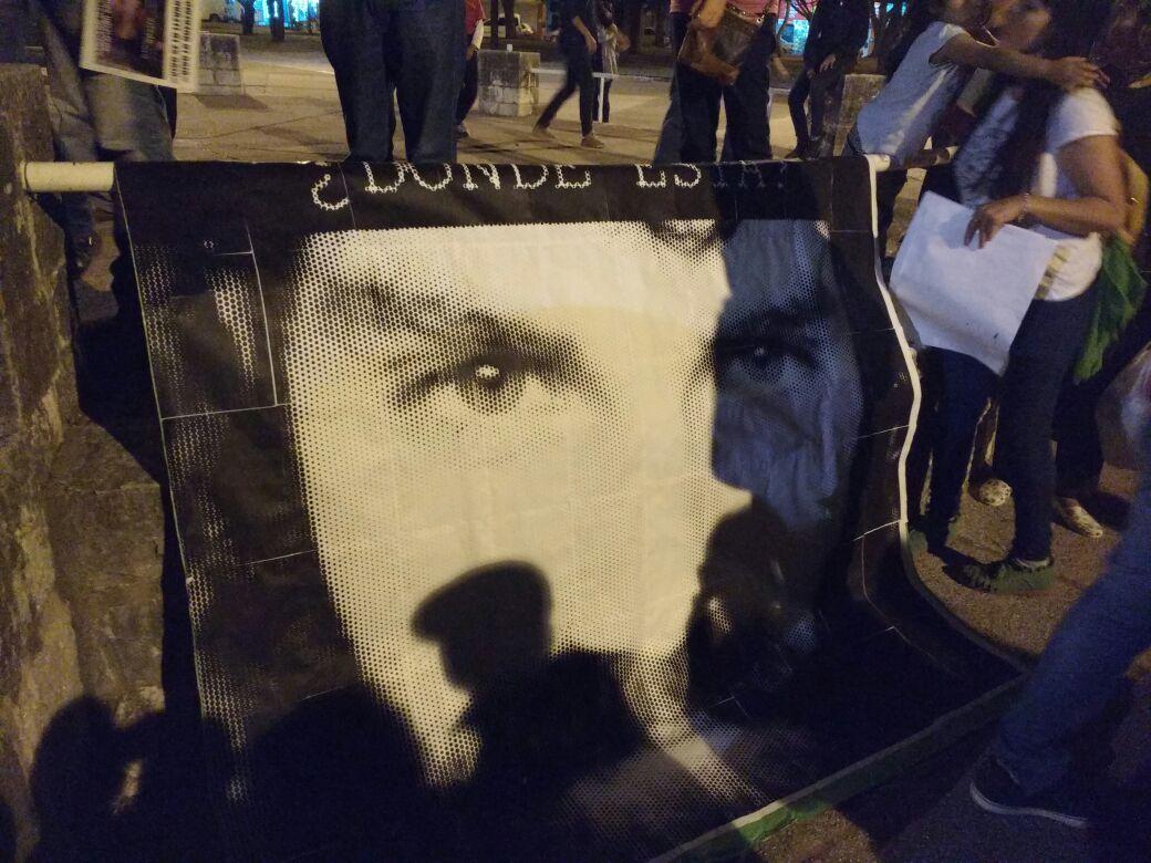 foto santiago - #SANTIAGOMALDONADO: Miles de altagracienses marcharon por su aparición con vida