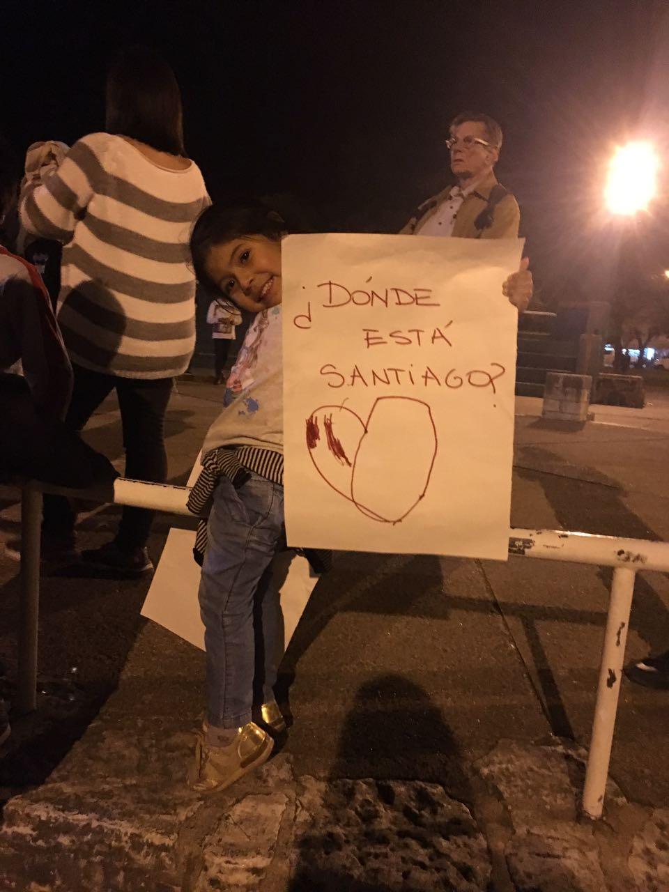 nena santiago - #SANTIAGOMALDONADO: Miles de altagracienses marcharon por su aparición con vida