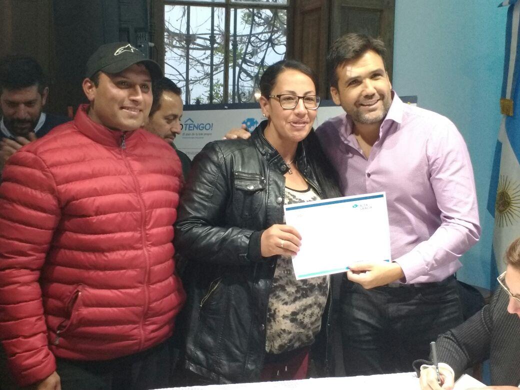 lo tengo familia - Se adjudicaron unos 47 lotes del programa provincial Lo Tengo!