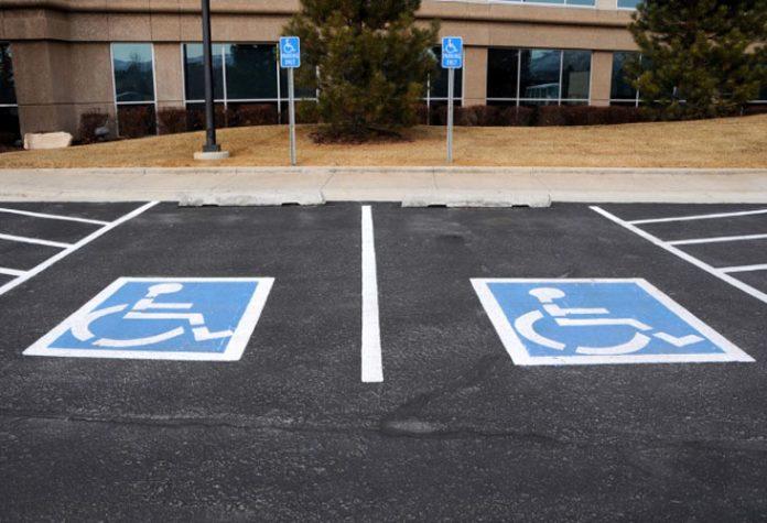 estacionamiento discapacitados - Realizarán marcha para pedir por las prestaciones de salud en la discapacidad