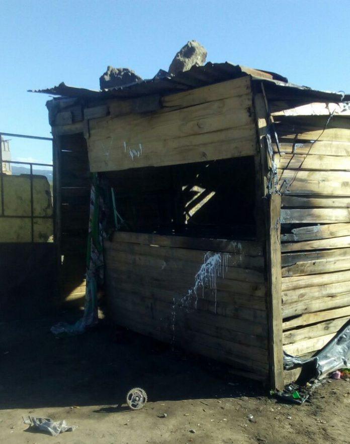 casa incendiada 1º de mayo E - La pobreza estructural y la nieve