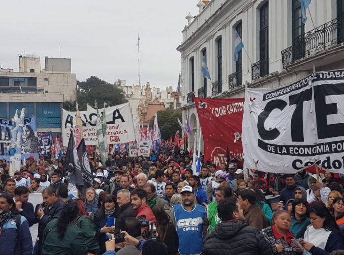 marcha federal cordoba - La 'Marcha Federal por pan y trabajo' llegó a Córdoba