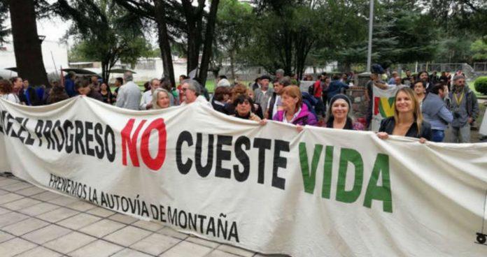 movilizacion punilla - Vecinos de Punilla piden frenar obras de autovía de montaña