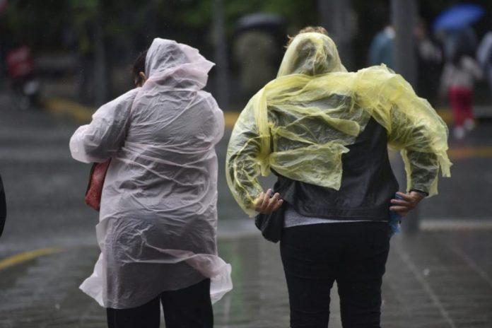 lluvia LA VOZ PEDRO CASTILLO - Agosto: ¿Se adelanta la tormenta de Santa Rosa?