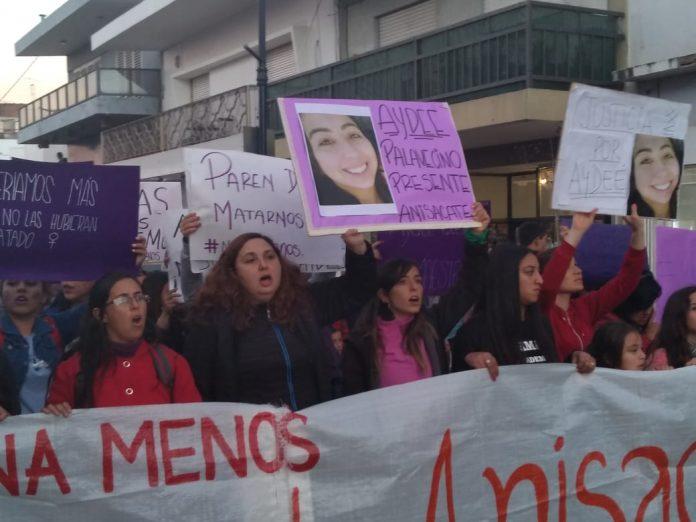 niunamenos aydee - Condenan a prisión perpetua Facundo Gimenez por el femicidio de Aydee Palavecino