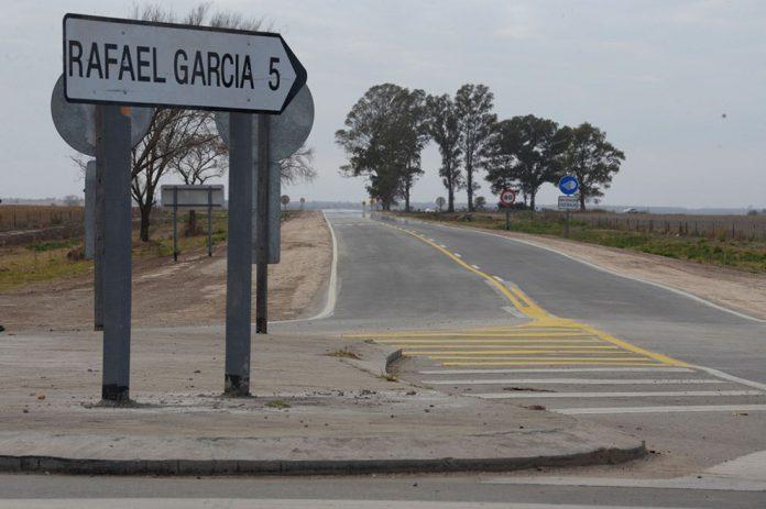 Schiaretti inauguró el acceso a Rafael García 20 - Nuevo acceso pavimentado conecta Rafael García con la ruta 36