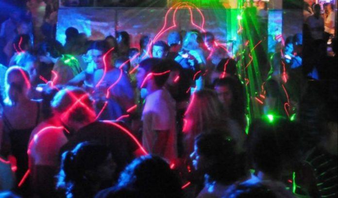 fiesta electronica - Anisacate comenzará a multar a quienes organicen fiestas clandestinas