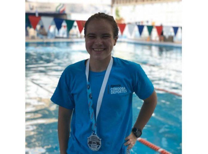 franca nadadora - Franca: una historia de superación y amor por el agua