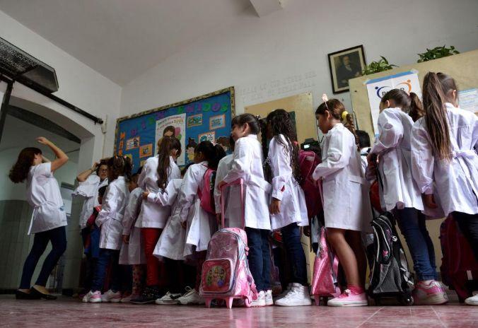niños escuela CBA24 - Uno por uno, todos los detalles sobre la presencialidad plena en escuelas de Córdoba
