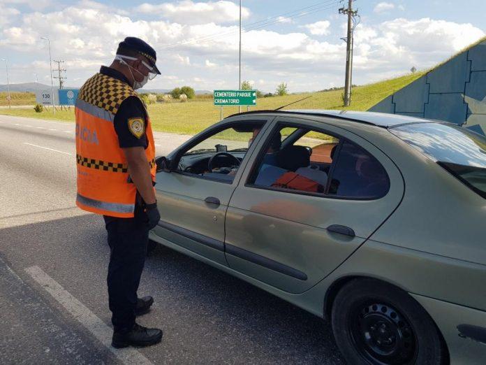 policia caminera - Aclaran que los intendentes no pueden cerrar sus ciudades