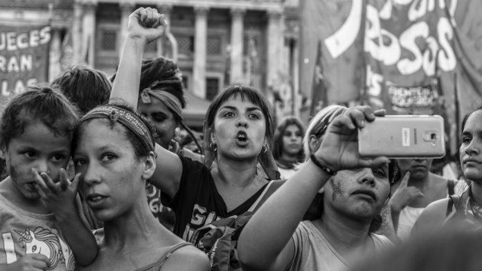 Eloisa Molina Feminismo aborto mujeres marcha feminista grito - Se viene la 2º jornada artística transfeminista en Paravachasca