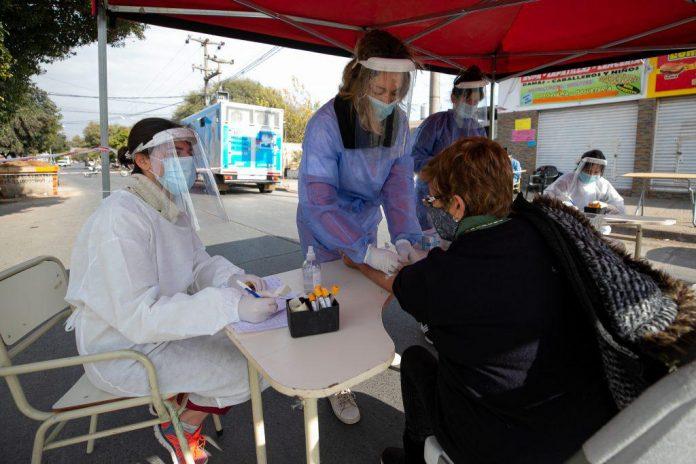 coronavirus 2020 - Récord de casos de covid en Córdoba: 2.518 y 21 fallecimientos por esta causa
