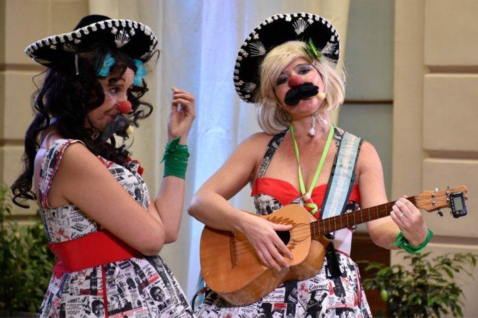 31 a las 21 cultura en al patio las perez correa1 - Las Perez Correa el ciclo de Teatro en el Patio de la ex Legislatura
