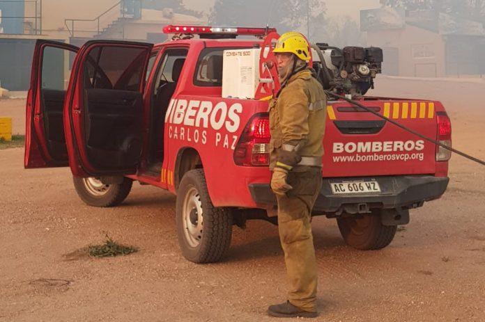 bomberos1 carlospaz - Bomberos voluntarios se declararon en alerta contra el gobernador Schiaretti