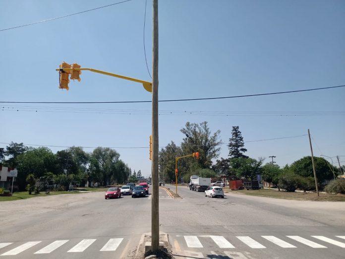 semaforo malvinas y ruta 5 - Instalaron semáforos en Malvinas y Ruta 5