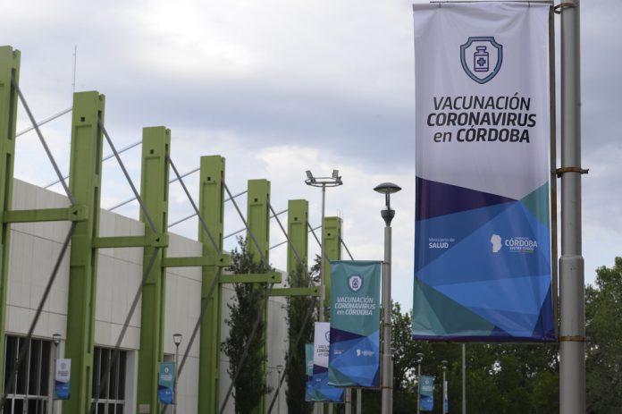 Operativo Vacunacion Covid 19 DSC 3012 - Covid-19: en Córdoba, ya hay 66.800 menores de 18 años anotados para vacunarse