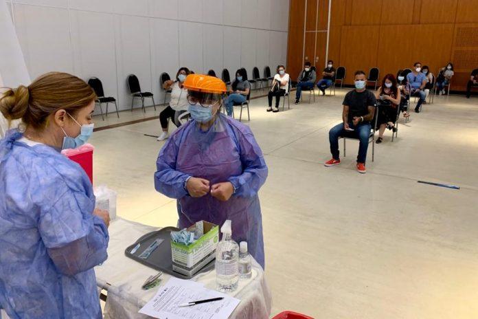 Vacuna gno cba - El miércoles se vacunaron 7.785 personas contra el covid-19 en Córdoba