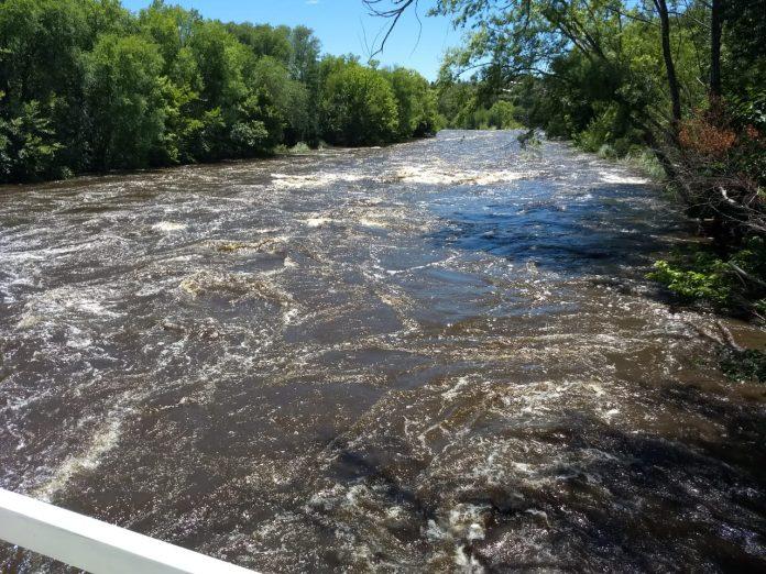 rio anisacate creciente - Alerta por crecidas en los ríos de la zona
