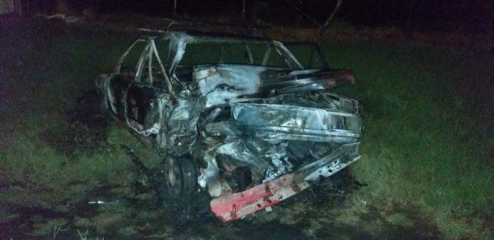 auto quemado despenaderos - Murió el conductor del vehículo que se quemó en la autovía Bustos