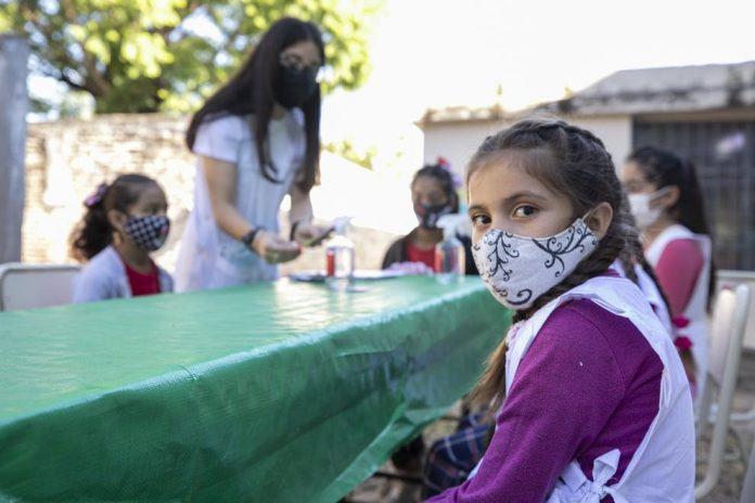escuela alumnos comedor - Alta Gracia: el gremio docente pide que se suspenda la presencialidad