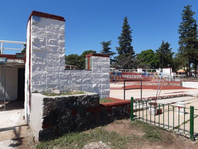 mural memoria limpio 2 - ¿Qué pasó con los murales de la memoria en la Plaza Mitre?