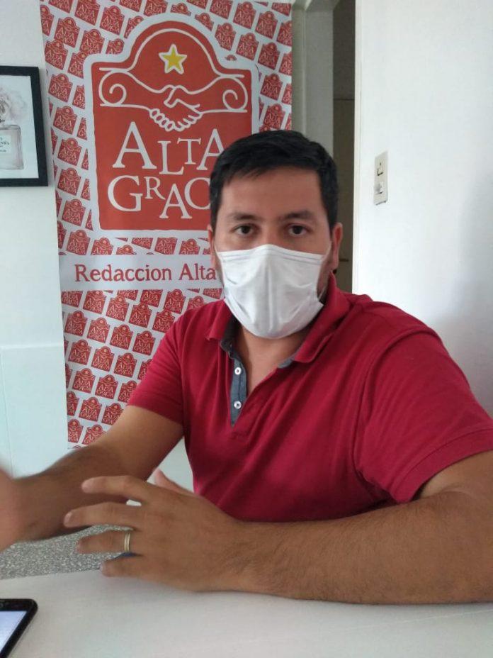 rodrigo martinez director educacion alta gracia 3 - Rodrigo Martínez explicó las tareas de mantenimiento que se llevan adelante en las escuelas