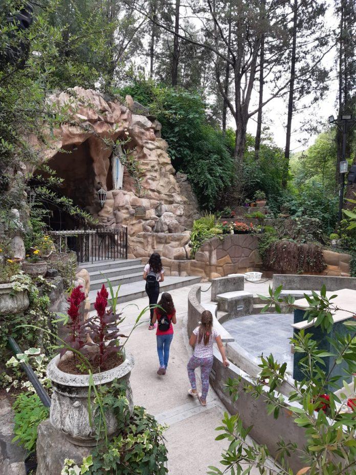 """virgen de lourdes1 - Gastón Revol: """"Voy a ir caminando hasta la Virgen de Lourdes en Alta Gracia"""""""