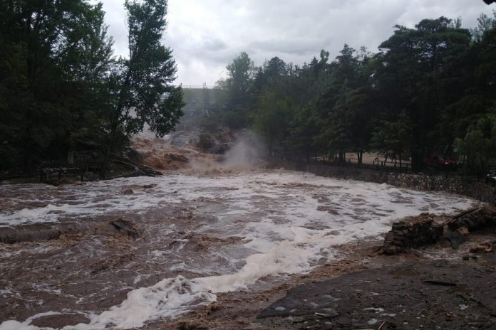 Crecida1 catastrofe gno cba - 200 intendentes, a favor de la creación del equipo técnico de acción ante catástrofes