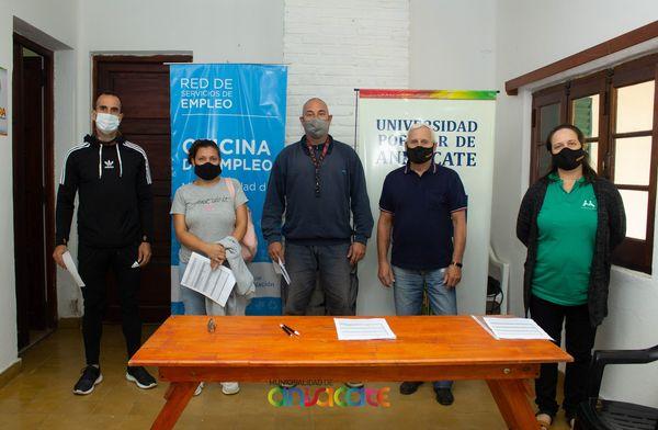 anisacate emprendedores - Anisacate: Entregan ayudas económicas