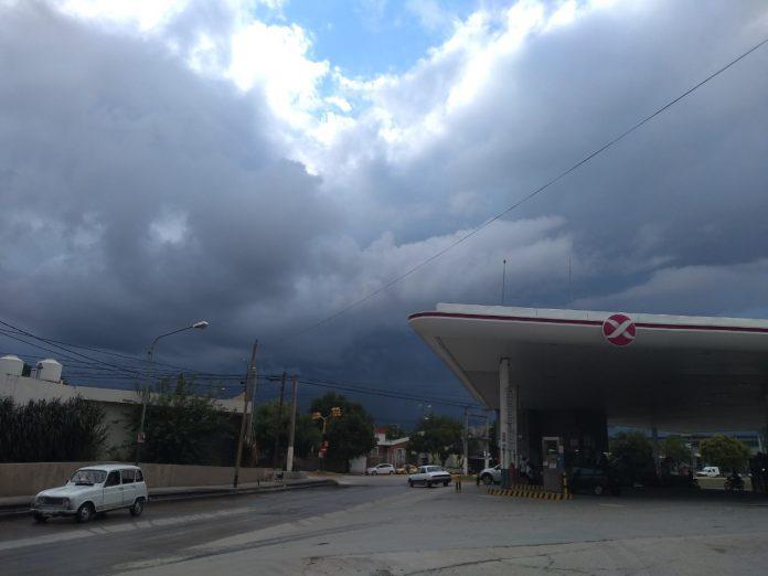 clima nublado tormenta estacion de servicio - Descenso de la temperatura, tras la tormenta