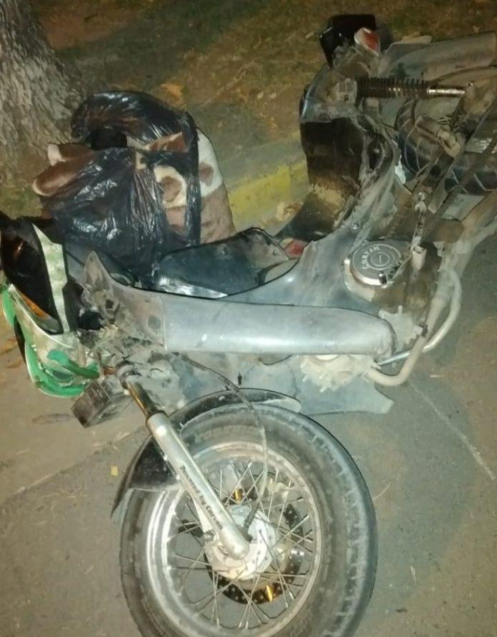 moto accidente rawson 001 - Necesita 50 mil pesos para una prótesis de tobillo y hace una venta de empanadas