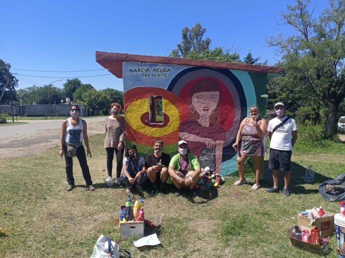 """mural marcia acuna LNM - En recuerdo de Marcia realizaron una """"muraleada"""" en José de la Quintana"""