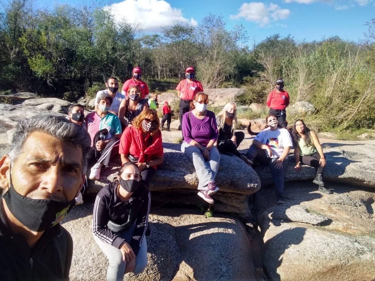 anisacate caminata - Anisacate: Se realizó caminata recreativa