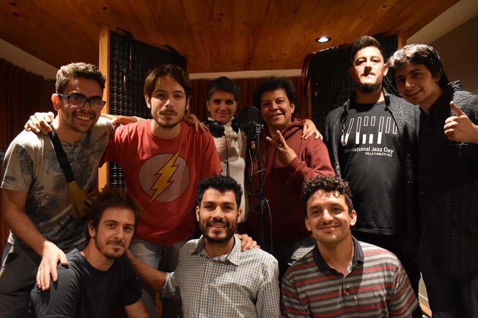 sin son - El sábado se presenta SinSon en Cañito Cultural