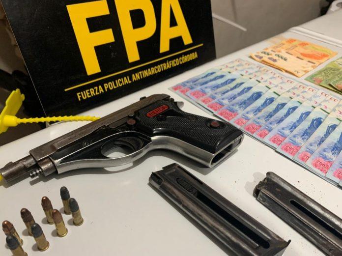 FPA cordoba capital arma dinero - Gracias a denuncias anónimas, lograron el cierre de un punto de venta de estupefacientes en Córdoba