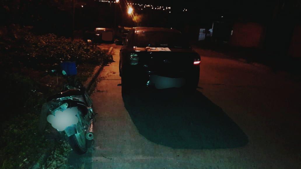 accidente riglos y pellegrini - Un joven herido tras chocar con su moto contra un auto