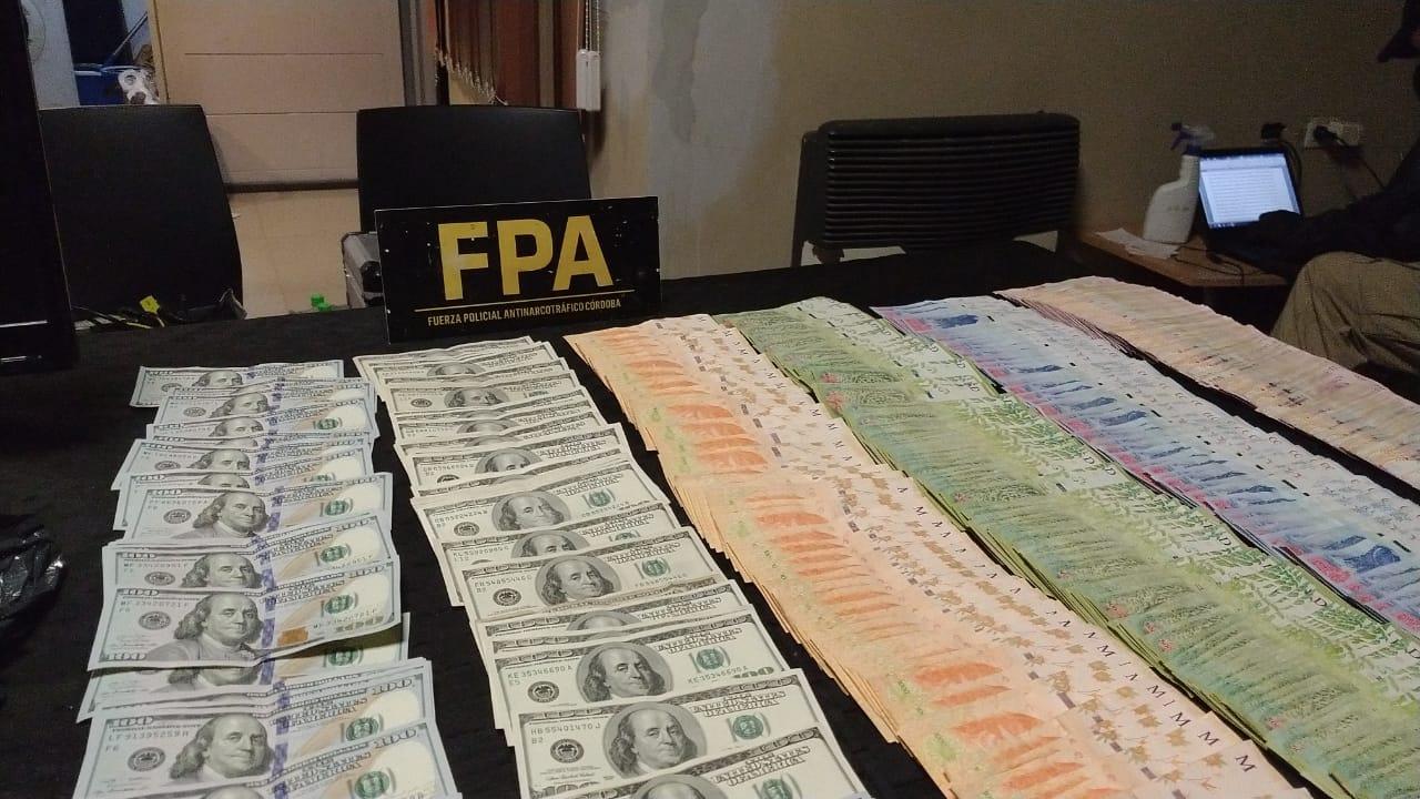 fpa carlos paz dinero - Secuestran cocaína y casi 2 millones de pesos en un kiosco de drogas en Carlos Paz