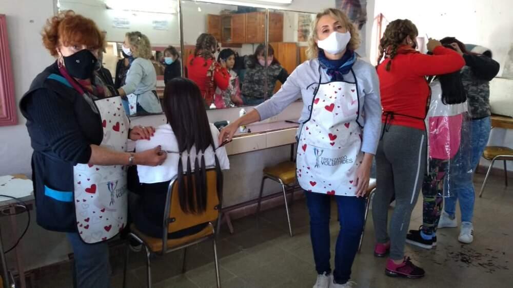 georgina ruzafa claudia gonzalez donacion cabello - Pelucas oncológicas: la historia detrás de la segunda donante de cabello