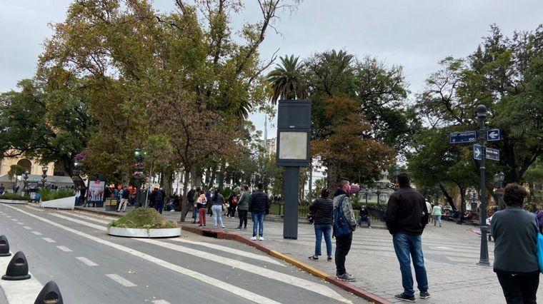 largas filas testeos cba C3 - Desbordes para hisoparse en distintos puestos de Córdoba