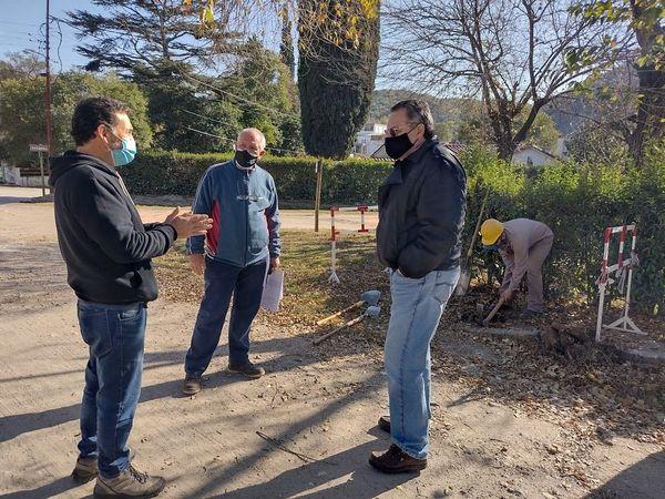 LA SERRANITA - La Serranita: Comenzaron las obras de gas natural