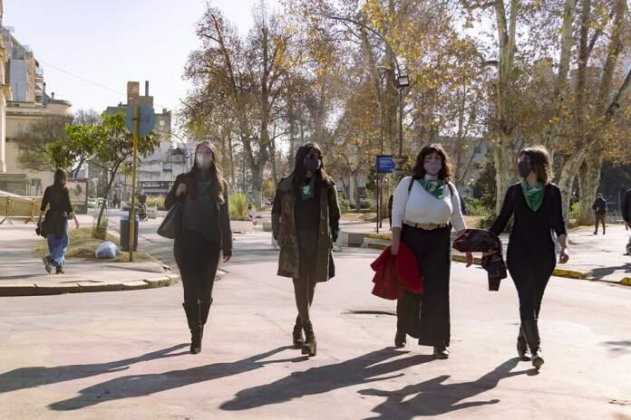 abogadas feministas - Cuatro abogadas que se aliaron para garantizar el aborto legal en Córdoba