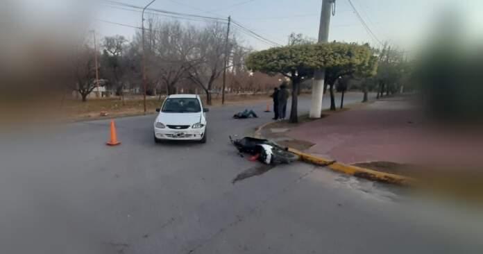 accidente alem - Un joven herido tras chocar con su moto