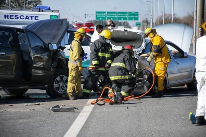 accidente fatal carlos paz cadena 3 - Choque múltiple en autopista a Carlos Paz: murió una mujer