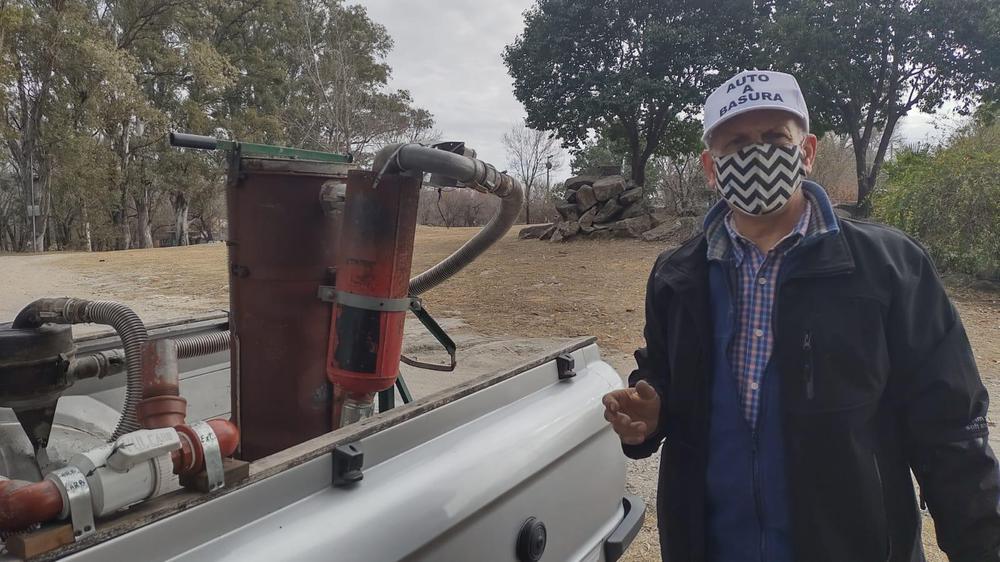 """auto basura - El """"DeLorean"""" de Paravachasca"""