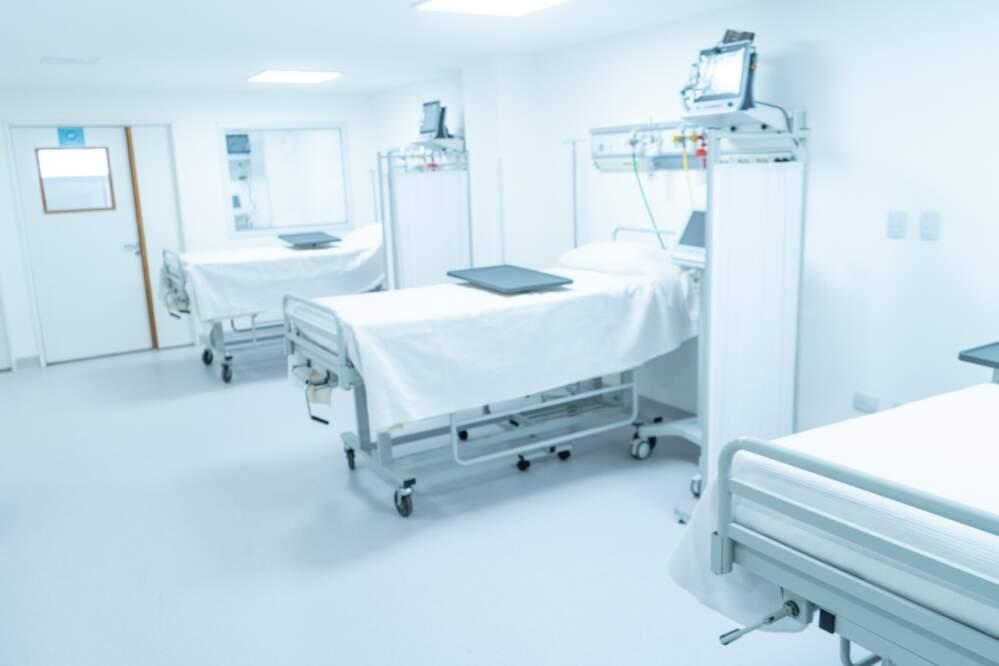 hospital nueva sala facundo torres2 - La nueva terapia intensiva lleva el nombre del doctor Santiago Gerónimo