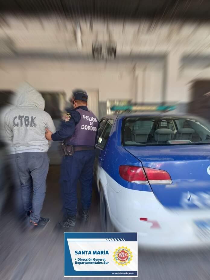 restriccion - Villa Oviedo: Detenido por violar restricción de acercamiento
