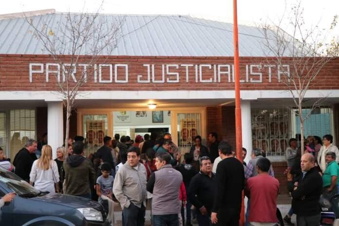 sede pj alta gracia - Dos presidentes para el Partido Justicialista