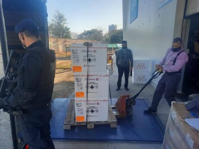 sinopharm - La provincia recibió 128 mil dosis de la vacuna Sinopharm