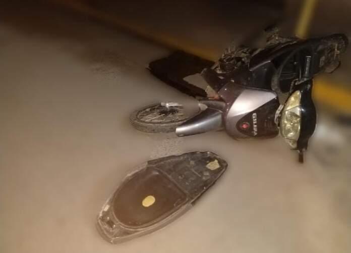 accidente malagueno - Perdió el control de su moto y cayó al asfalto
