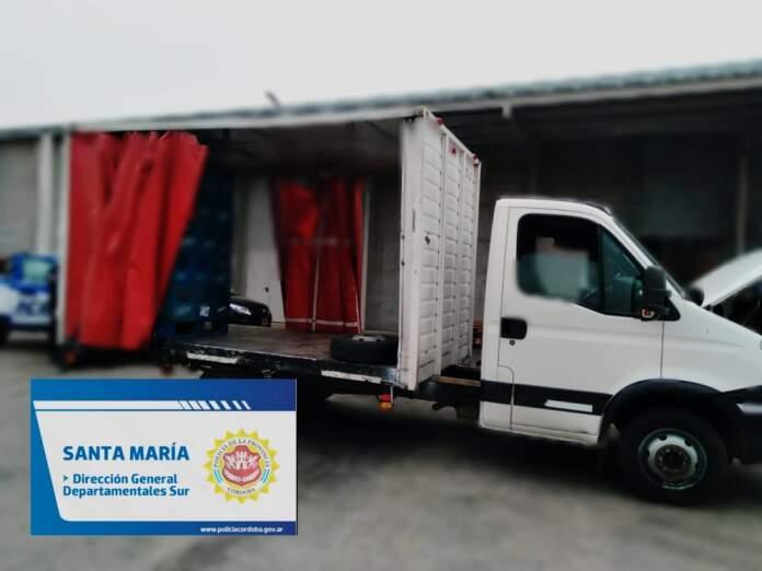camion secuestrado mami - Portaba boletas falsas y la patente del camión modificada